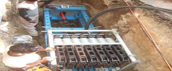 PIPE-BURSTING-MACNINE-INSTALLED-IN-ENTPY-PIT